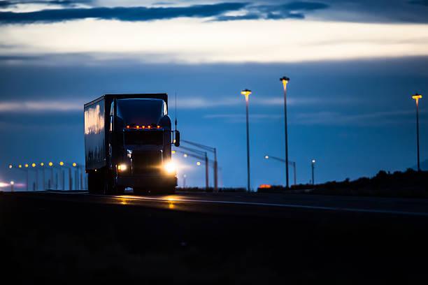 陸運業 - トラック運転手 ストックフォトと画像