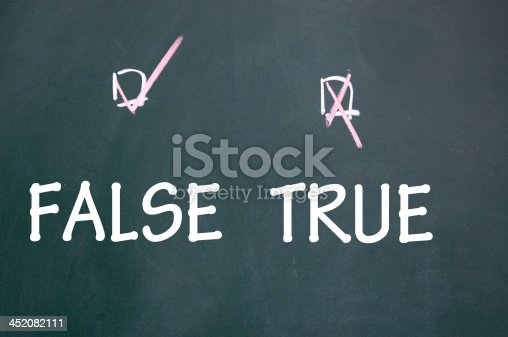 istock true and false choice 452082111