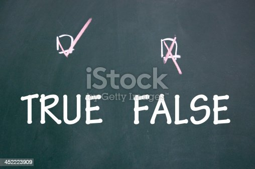 istock true and false choice 452223909