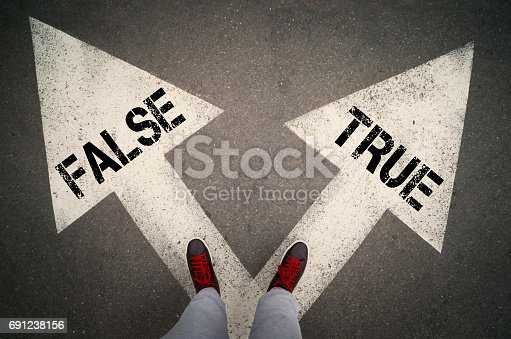 istock True or false 691238156