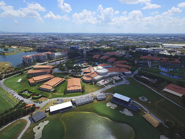 trump national golf resort doral - trump stockfoto's en -beelden