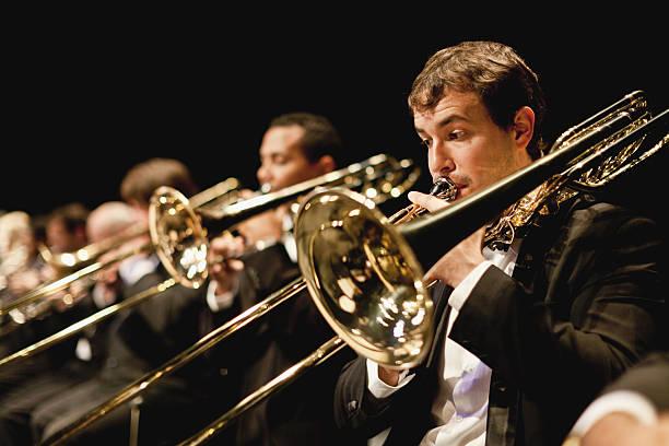 Trompete Spieler orchestra – Foto