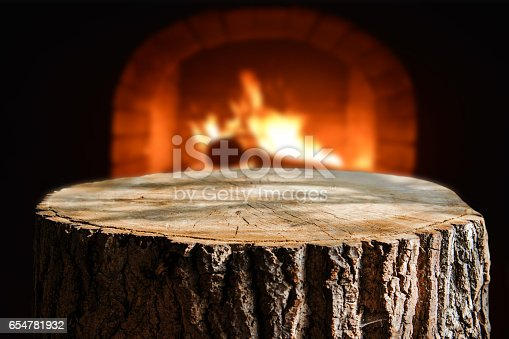 874991150istockphoto Trunk background 654781932