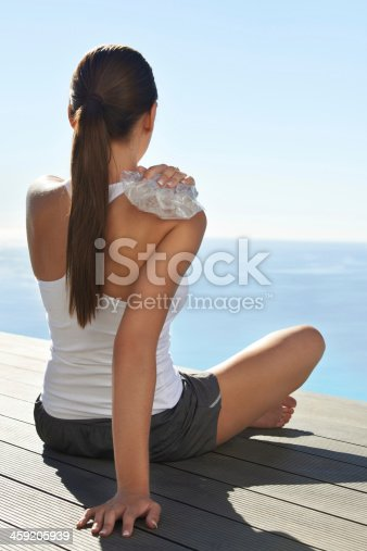 istock Trying to stop the swelling 459205939