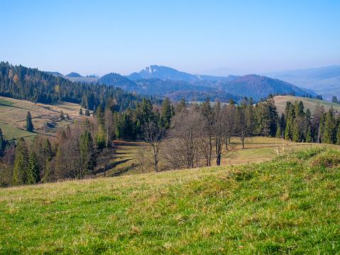 Trzy Korony Massif in Pieniny Mountains in autumn. View from Rozdziela Pass.