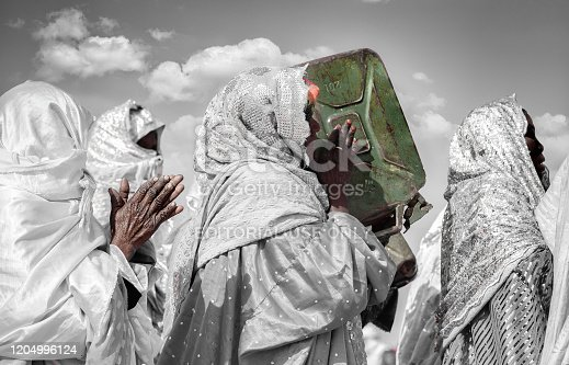 Tuareg Tradition Music Women Band from Ghat city which is located in the Libyan Desert about 1,360 km (845 miles) south of Tripoli and near of Algeria & Niger Border.  The picture was taken in Ghat Festival of Culture which takes a place every December.