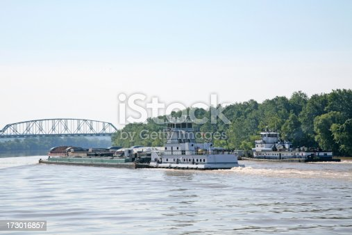 istock Tug Boats On The Ohio River 173016857