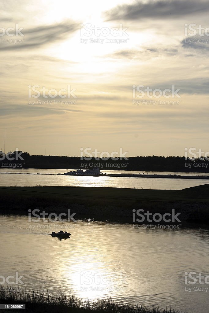 Tugboat & Motorboat On The Mississippi River royalty-free stock photo