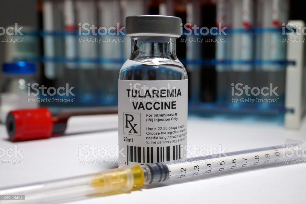 Photo libre de droit de Vaccination De Tularémie banque d'images et plus  d'images libres de droit de {top keyword}