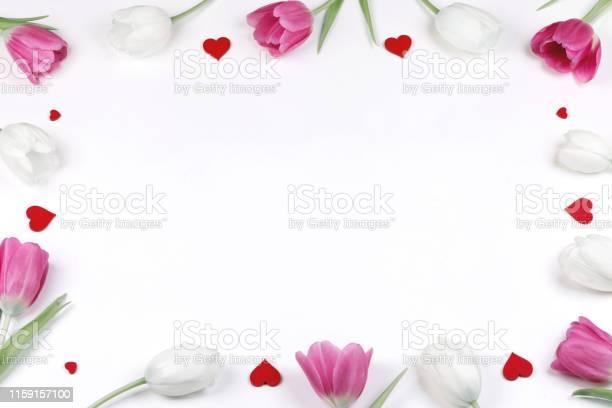 Tulips hearts frame picture id1159157100?b=1&k=6&m=1159157100&s=612x612&h=62fiqy  m7 70vis9t8x88u4pf 2b1wgwstpv7gi3s0=