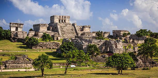 tulum - mayan ruins - harabe stok fotoğraflar ve resimler