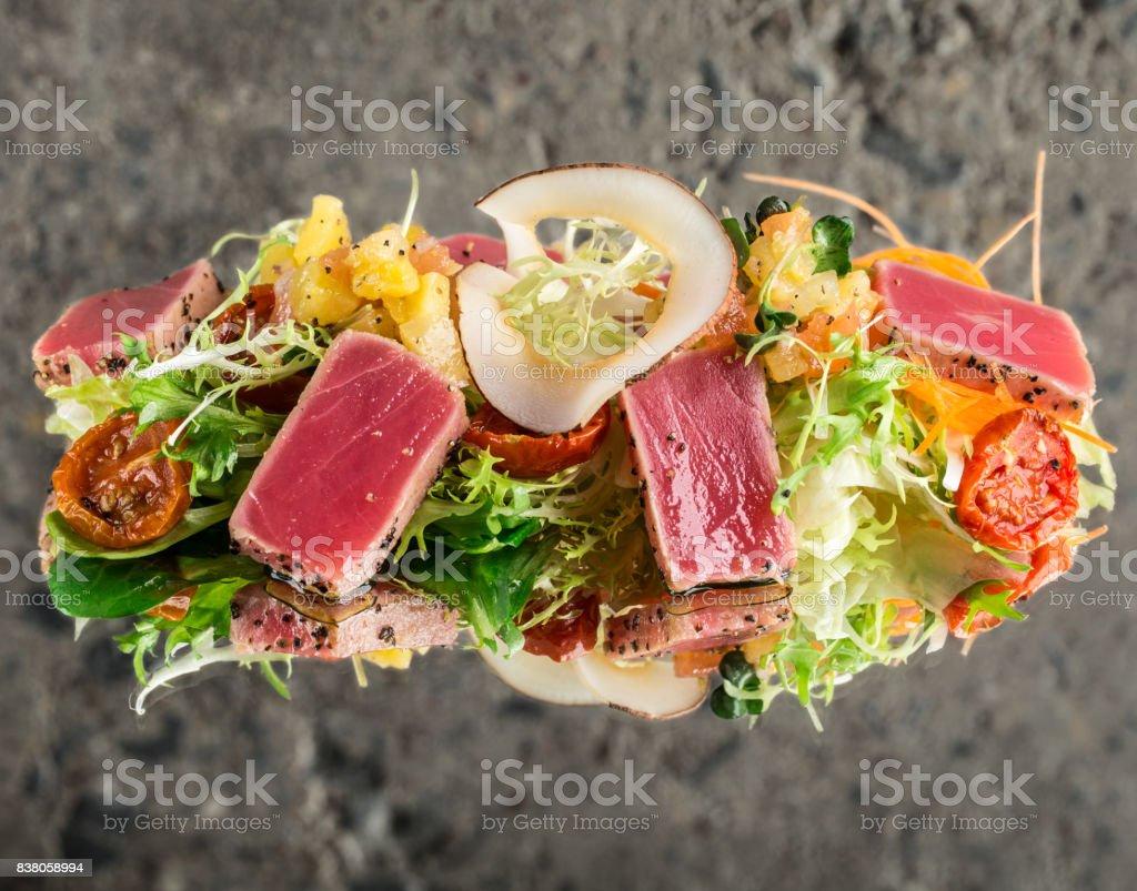 Tuna tataki salad stock photo