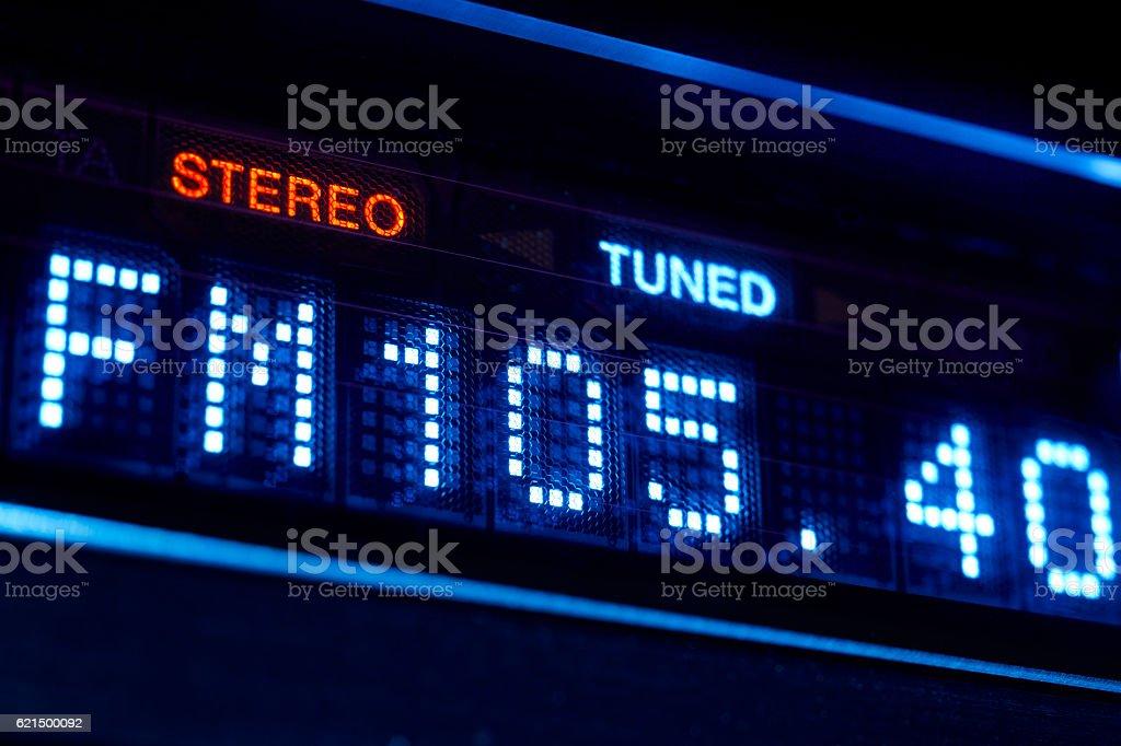 FM Radiodeck radio angezeigt. Stereoanlage digitale Häufigkeit station dran. Lizenzfreies stock-foto