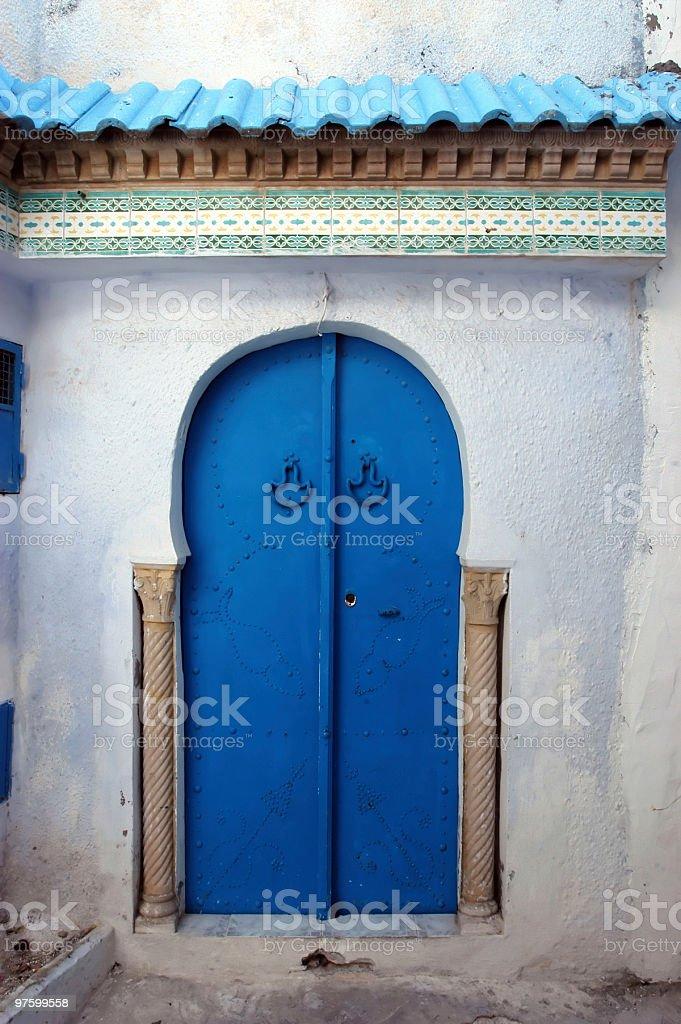 Tunisian door royaltyfri bildbanksbilder