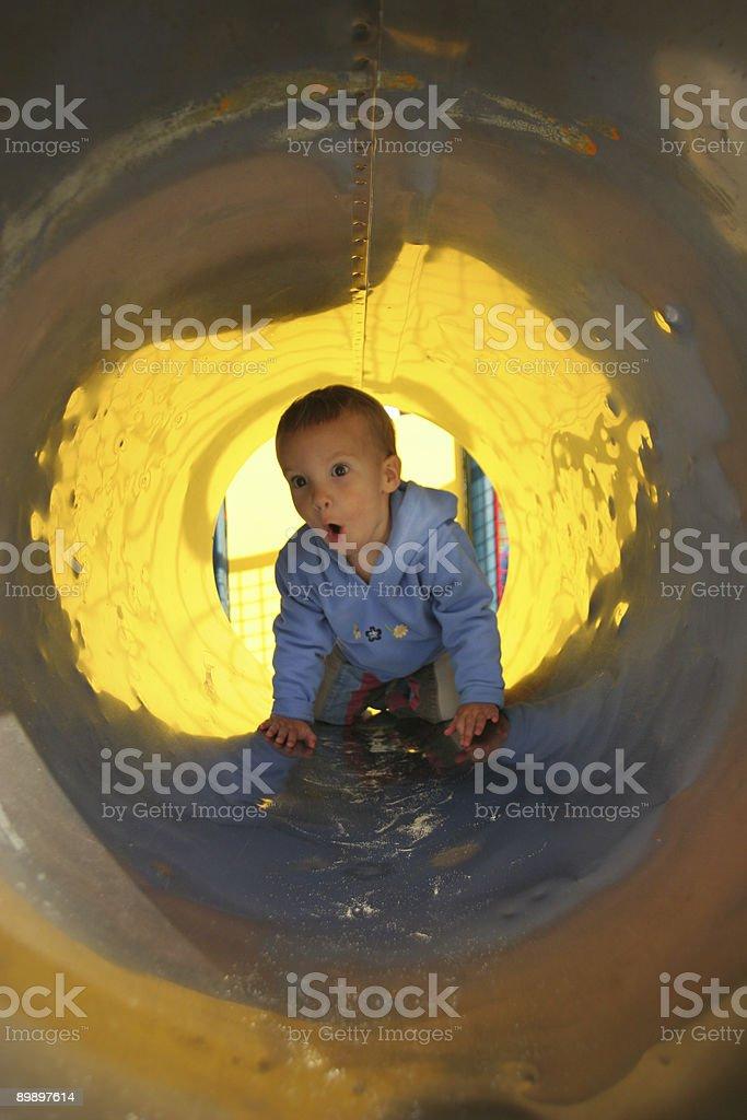 tunnel Mädchen Lizenzfreies stock-foto