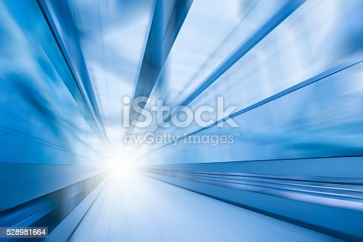 istock Tunnel 528981664