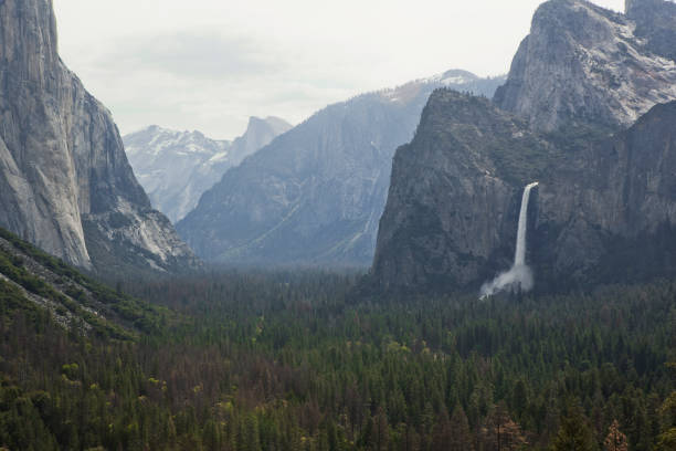Tunnel View, Yosemite National Park. Tunnel View, Yosemite National Park. el capitan yosemite national park stock pictures, royalty-free photos & images