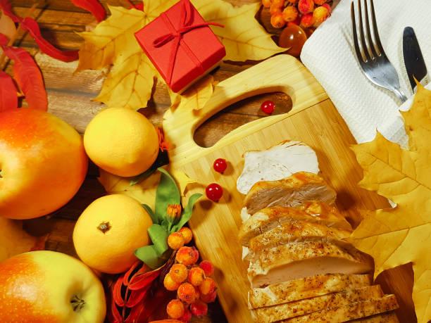 turkey thanksgiving day still life canada, gift box - pumpkin pie стоковые фото и изображения