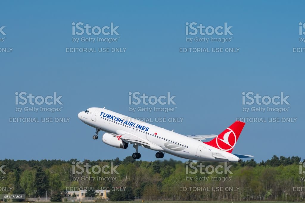 Turkish Airlines Airbus A320 Take Off At Berlin Tegel Airport Stock