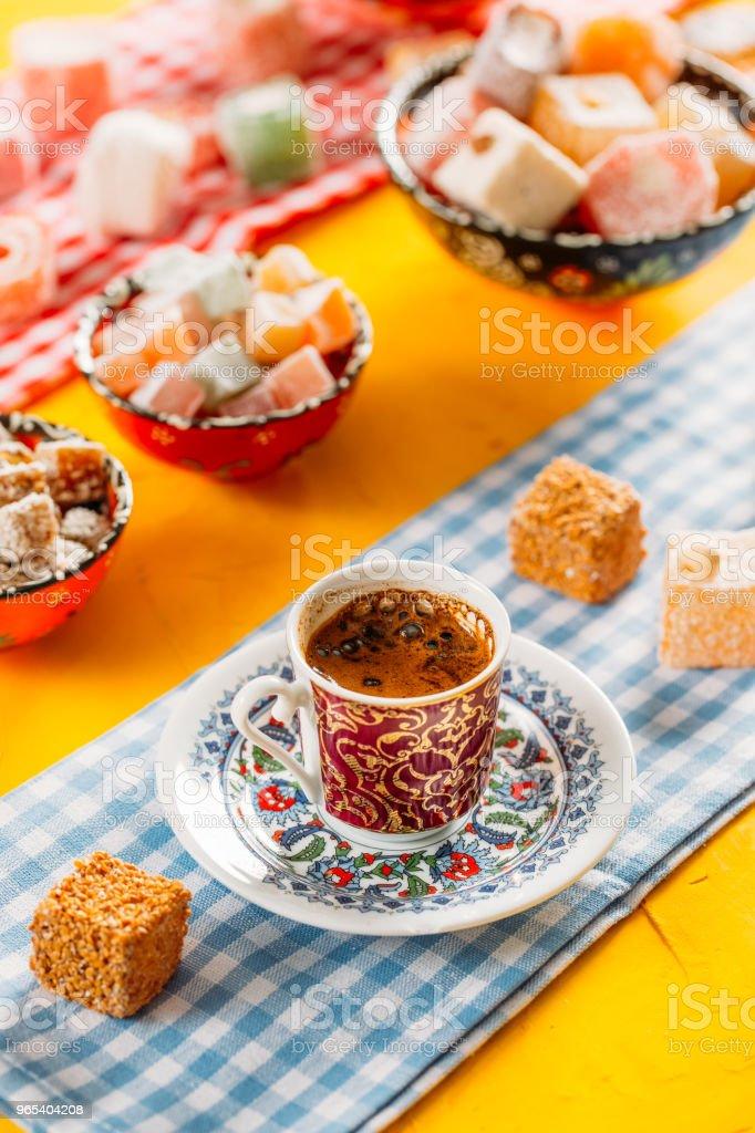 Türkischer Kaffee und türkischen Köstlichkeiten - Lizenzfrei Alt Stock-Foto