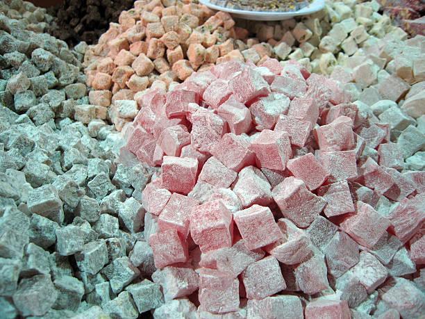 turkish delight in the grand bazaar, istanbul - fsachs78 stockfoto's en -beelden