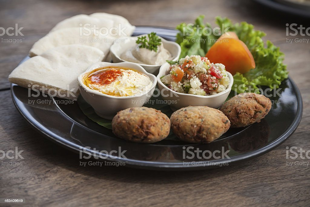 Türkische Falafel Und Mezzeplatte Stockfoto Und Mehr Bilder Von