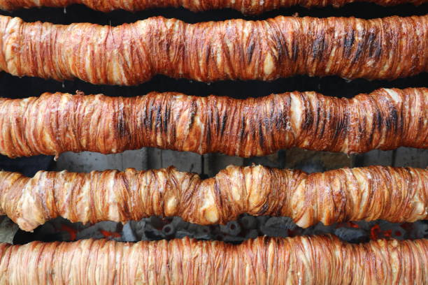 turkisk mat kokorec - kokoreç bildbanksfoton och bilder