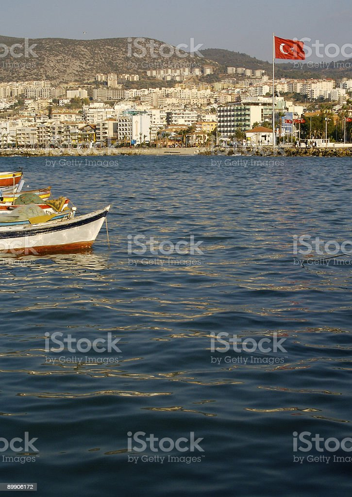 Turkish Harbor, Boats and Flag royalty free stockfoto