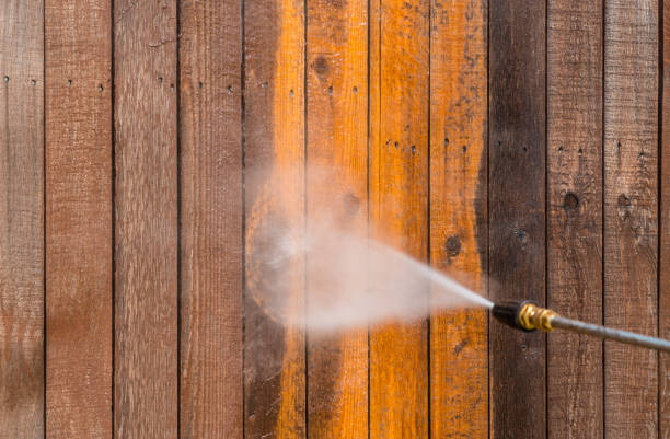 turn old to new and dirty to clean with pressure washing - high pressure cleaning stock photos and pictures