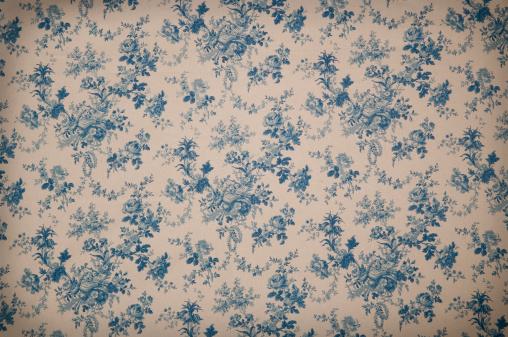 Turnsberry Toile Medium Antique Fabric