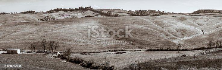 istock Tuscan Hills and Barn 1312526828