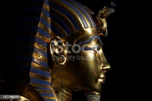 istock Tutankhamen's golden mask 137196534
