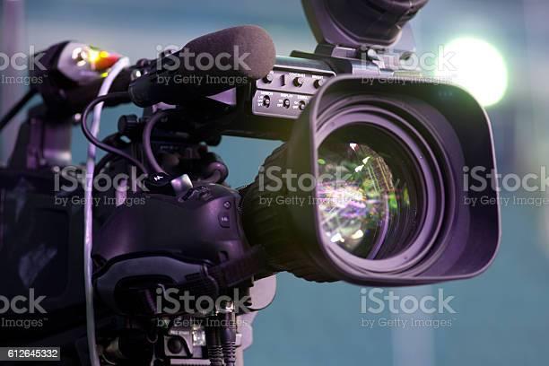 Tv camera in a concert hall picture id612645332?b=1&k=6&m=612645332&s=612x612&h=9itqdh99k bkoevymqz69hyy0ypeiq2ouhuzxskmurq=