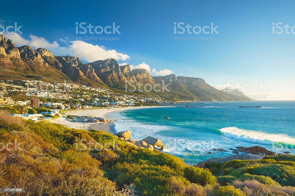 Monts Douze Apôtres montagne dans des Camps Bay, Le Cap, Afrique du Sud - Photo