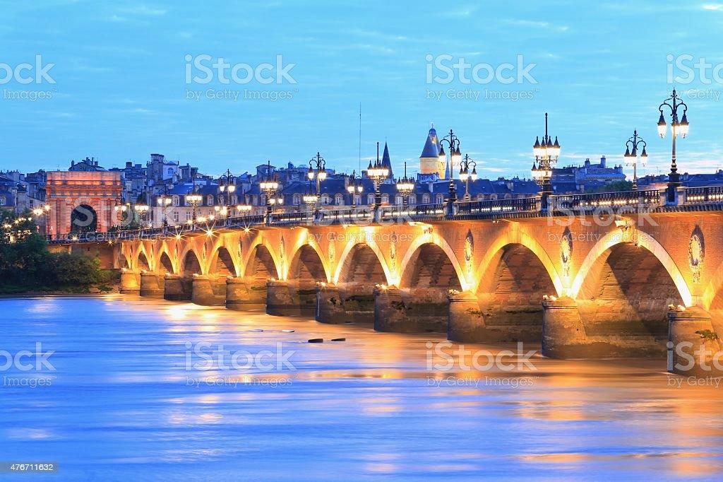 Crépuscule de Pont de Pierre, Bordeaux - Photo