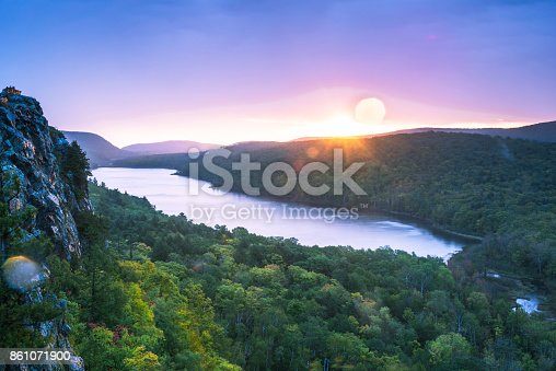 istock Twilight Lake Superior 861071900