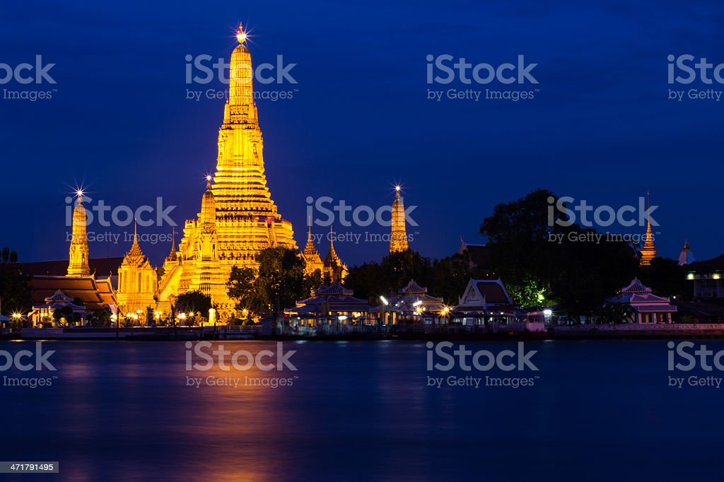 Twilight  Wat Arun Buddhist religious places of importance royalty-free stock photo