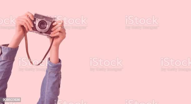 Two arms holding a camera picture id909502636?b=1&k=6&m=909502636&s=612x612&h=68rxes1ib7xzrdgxd6boeu3ookcs2a shz5iu5qokp0=