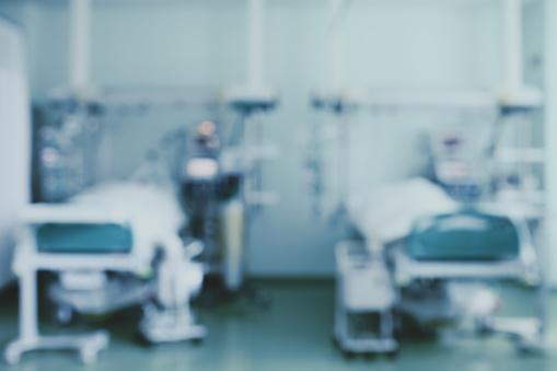 Twee Bedden In De Intensive Care Afdeling Onscherpe Achtergrond Stockfoto en meer beelden van Abstract