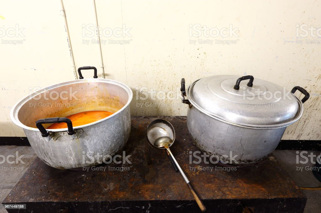 Two Big Pot for Kitchen Restaurant Industrial & Commercial Kitchen...
