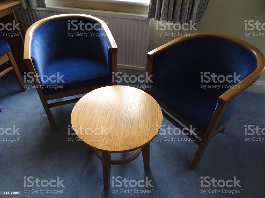 Sedie A Forma Di Sedere Costo due bluammortizzata curva in legno a forma di banane