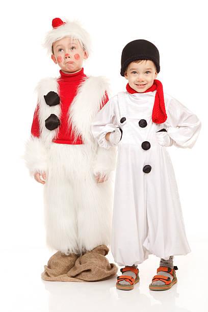 Zwei Jungs in der Schneemann Kostüm – Foto