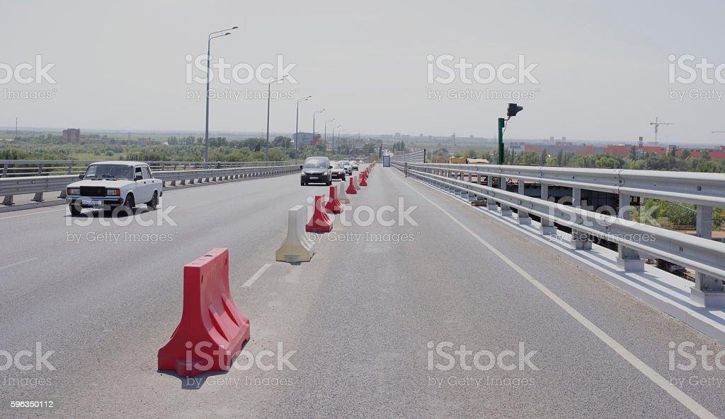 Zwei Brücken. Errichtung eines neuen und Reparatur von alten in Rostov-on-Don Lizenzfreies stock-foto