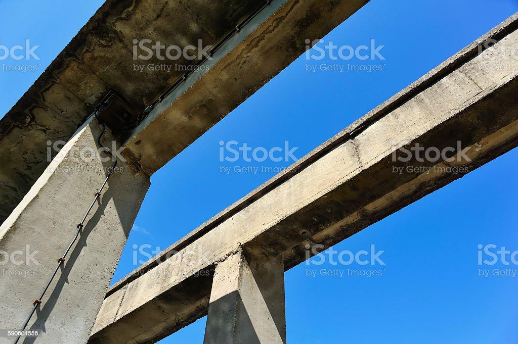 Two bridges rather dilapidated parts made of concrete – Foto