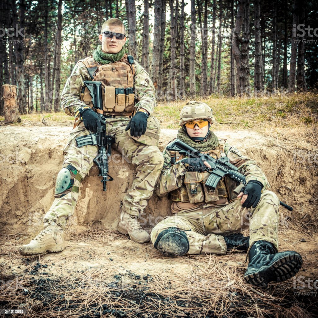 Two Brittish soldiers in a fight stock photo