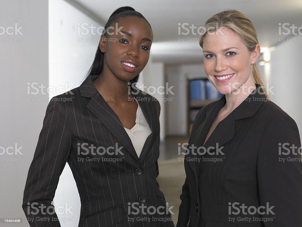 Dois businesswomen foto de stock royalty-free