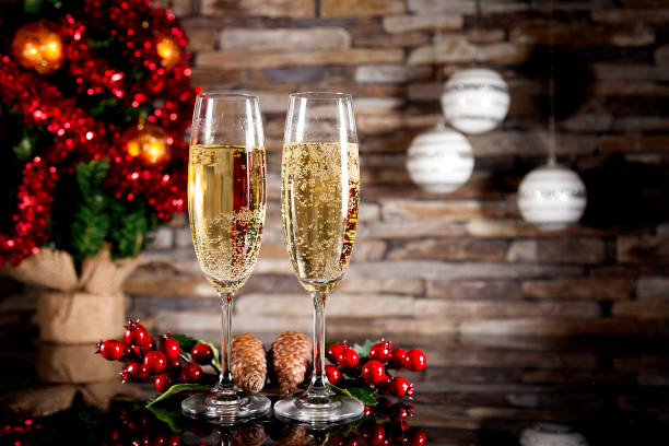 Dos copas de champagne - foto de stock