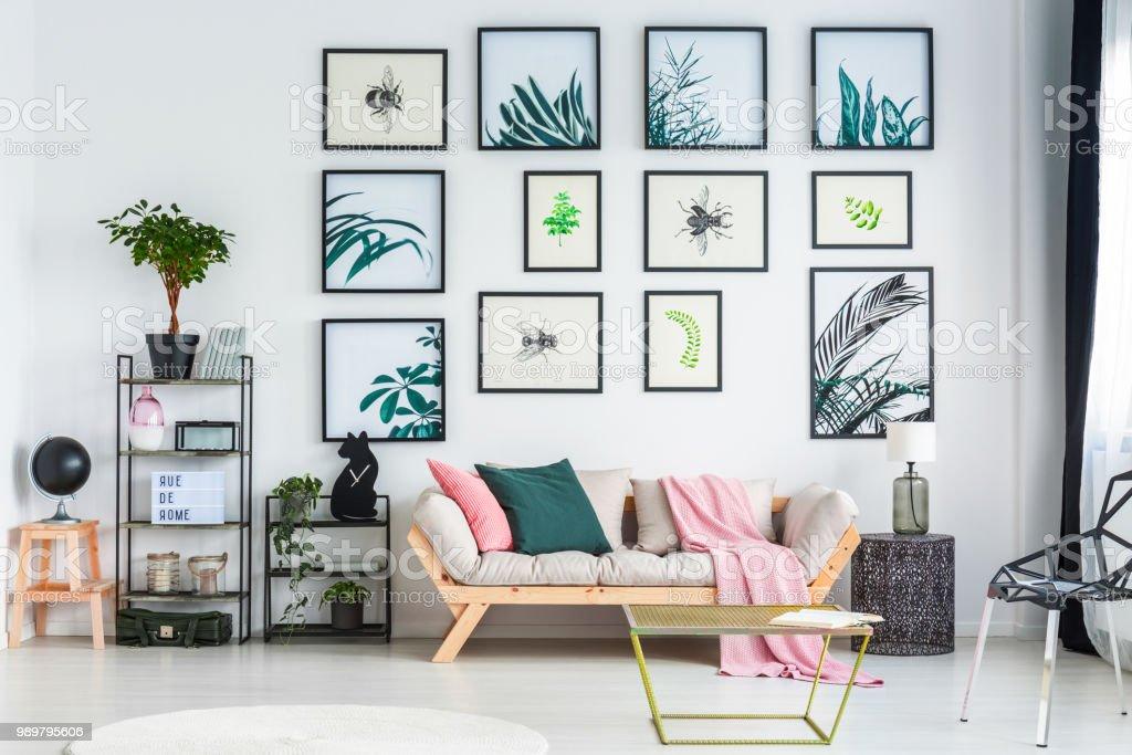 Woonkamer Zwarte Bank : Zwarte vloer welke kleur meubels tgwonen