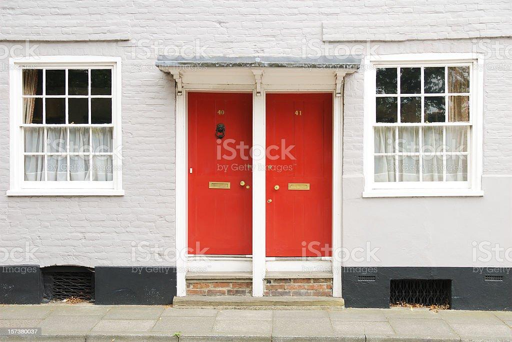 Dos puertas - foto de stock