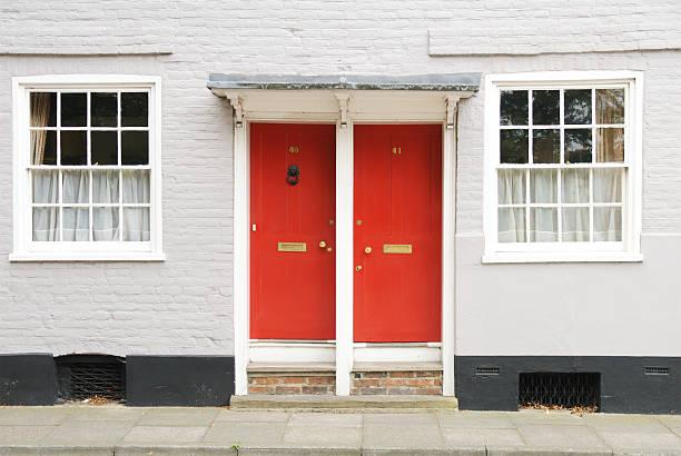 Duas portas - foto de acervo